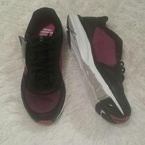 NWT FILA Cool Max Memory Foam Sneakers Sz 9 & 11